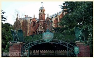 Haunted Mansion facade