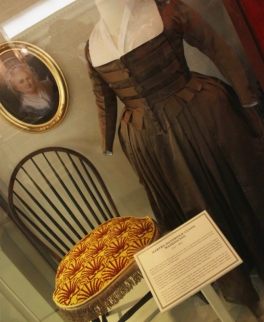 hall of pres dress